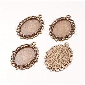 Zinc Alloy Pendant Settings for Cabochon & Rhinestone, DIY Findings for Jewelry Making, Lead Free and Cadmium Free, Oval, 39x29x2mm, Hole: 2mm, Tray: 25x18mm