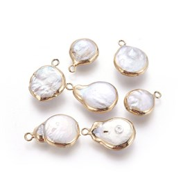Natural Cultured Freshwater Pearl Pendants, with Brass Findings, Drop