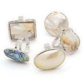 Mixed Shell Rings, with Brass Findings, Platinum, 17~18mm