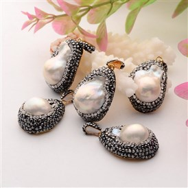 Drop Natural Pearl Pendants, with Polymer Clay Rhinestone and Golden Plated Alloy Findings, 25~32x18~20x12~13mm; Hole: 3x7mm